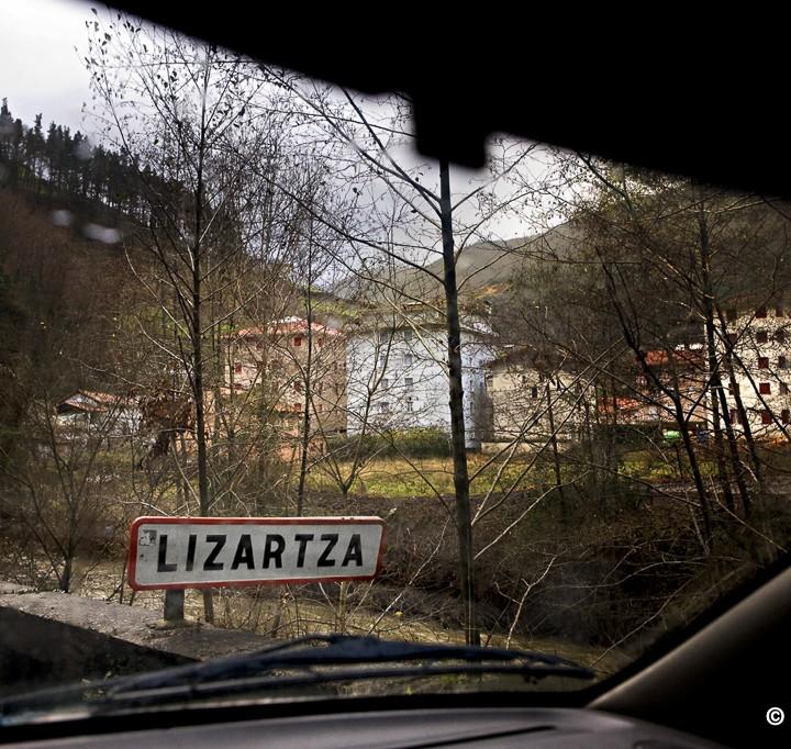 Lizartza, PP not welcome   Lizartza, pueblo hostil para el PP