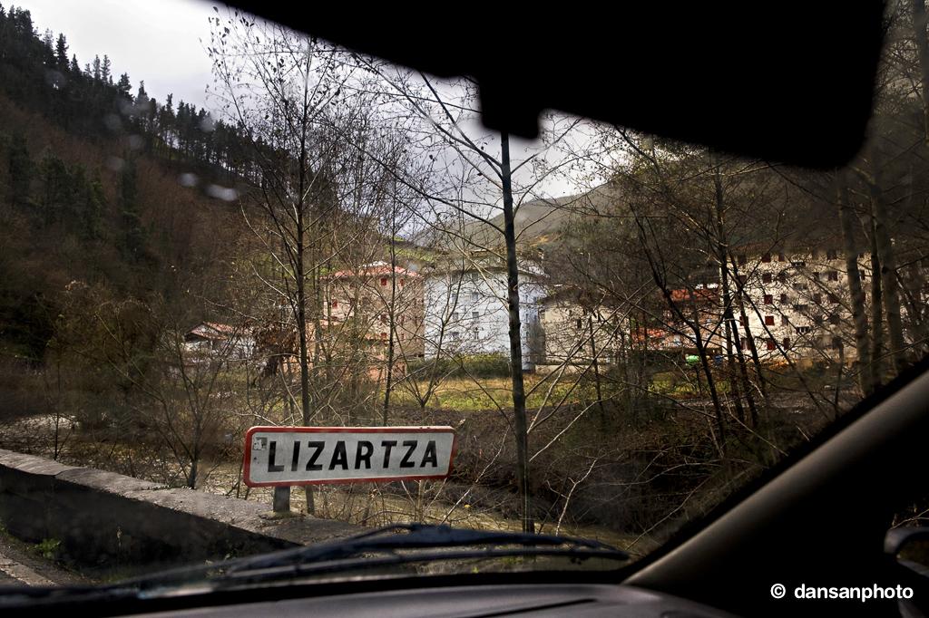 Lizartza ETA dansanphoto